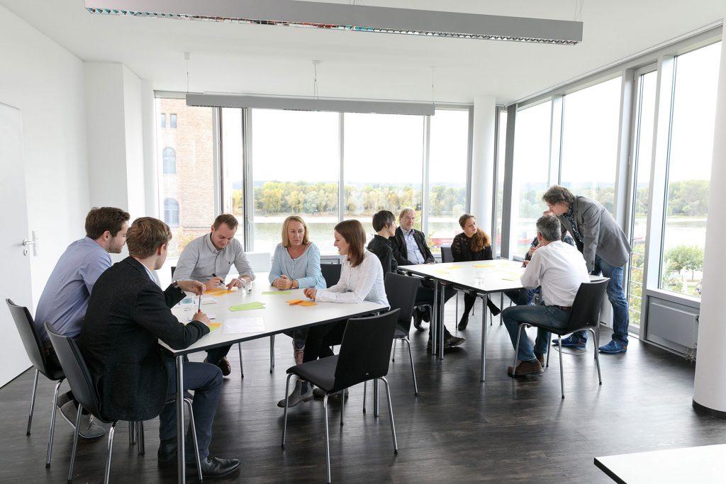 Moderner Besprechungsraum Bonn Rhein